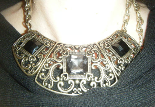 collar stradivarius